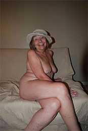 I love to be nude